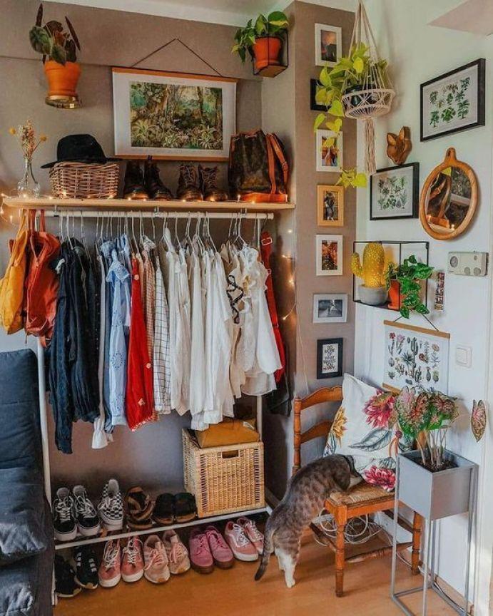 Put Your Stuff in an Adjacent Spot