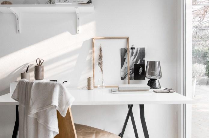 Use Furniture With Minimalist Design