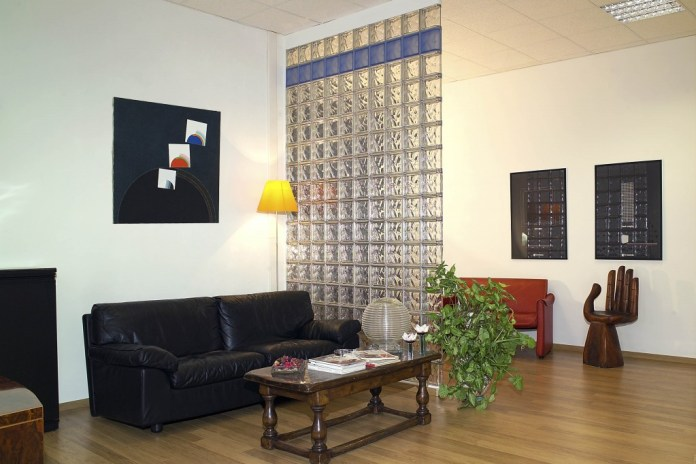 Glass Brick As Room Partition