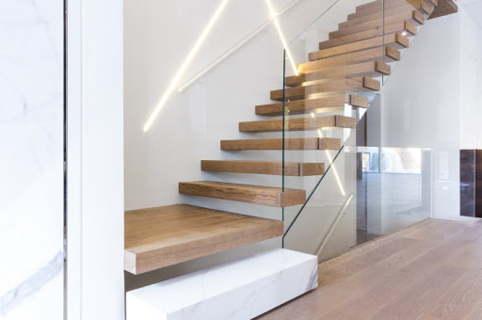Minimalist Staircase with Glass Railing