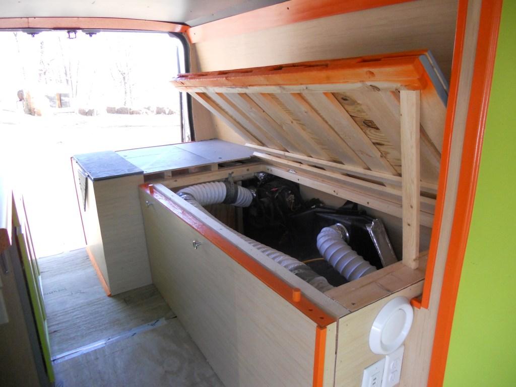 VanLife Bed Storage 1