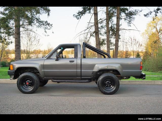 1988 Toyota Pickup SR5 2dr 3RE 5 Speed Manual Tacoma 5 ...