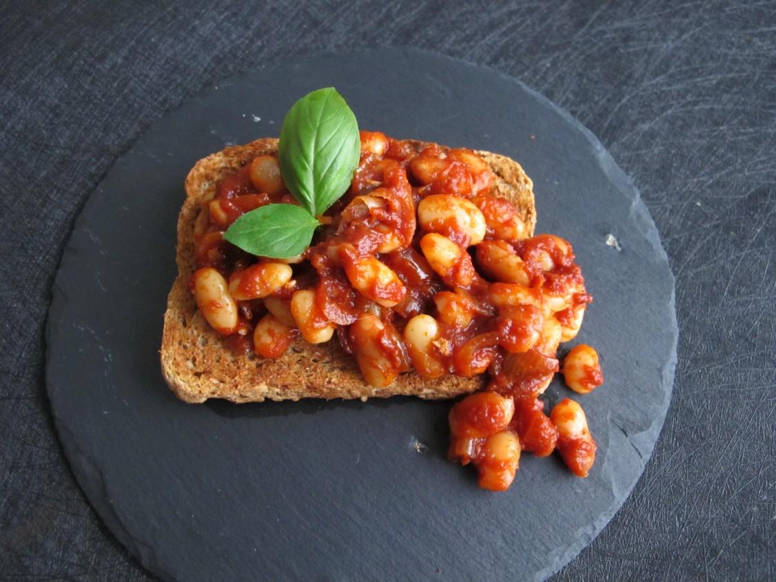 10-Minute Homemade Baked Beans