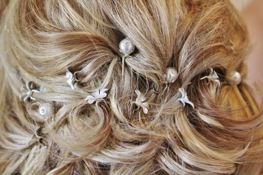 Accessorize Your Wedding Gown