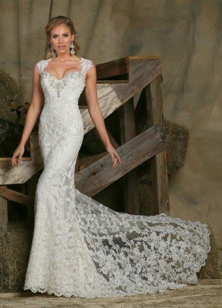 Luxurious Lace: 12 Totally Lavish Wedding Dresses | DaVinci Bridal Blog