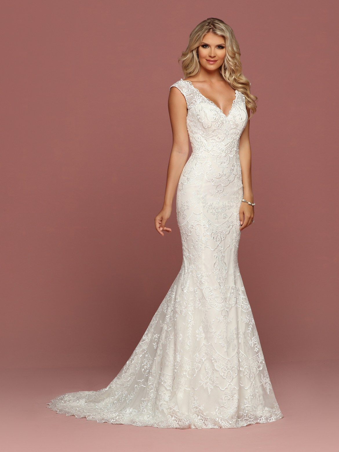 Sophisticated Sheath Wedding Dress Collection For 2018 Davinci