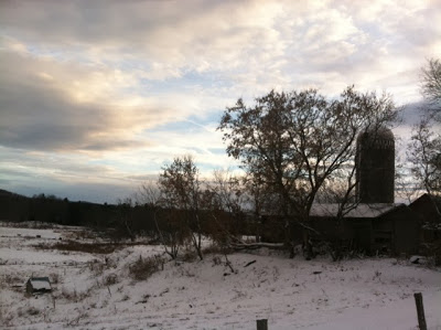 Winter-view-of-the-barn-1