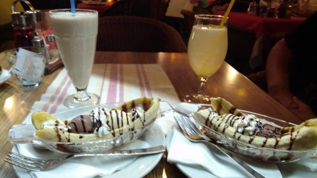 Banana split in Budva