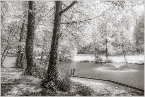Newent-Lake-IR-fx-02