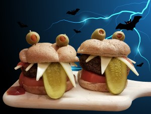 Vampire Burger Fangs Out!