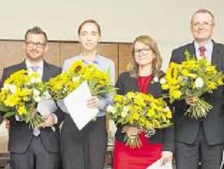 Erhielten ihre Ernennungsurkunden: Eva Jähnigen, Raoul Schmidt-Lamontain, Kristin Kaufmann, Annekatrin Klepsch, Detlef Sittel und Peter Lames (v.l.). Foto: Sven Ellger