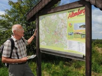 Auf geführten Wanderungen rund um die Region Altenberg lässt sich viel Spannendes entdecken.