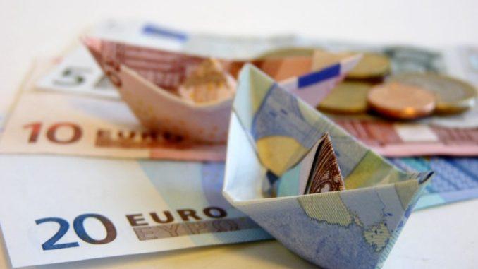 Als Berufsanfänger bekommt man einen neuen Bezug zum Geld. Foto: PR