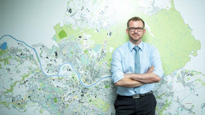 Raoul SchmidtLamontain (39, Grüne) ist Bau- und Verkehrsbürgermeister in Dresden. Foto: Eric Münch