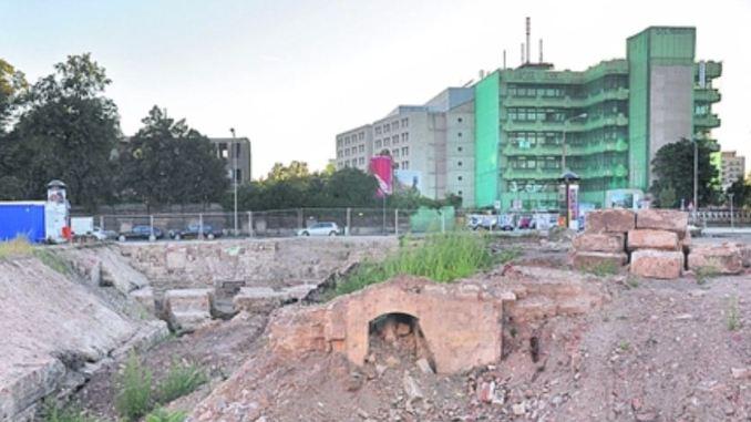Archäologen haben am Postplatz Teile der alten Festungsanlagen gefunden. Foto: Una Giesecke
