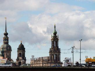 Dresden startet eine Umfrage zu den Lebensbedingungen in Dresden. Foto: Arno Burgi