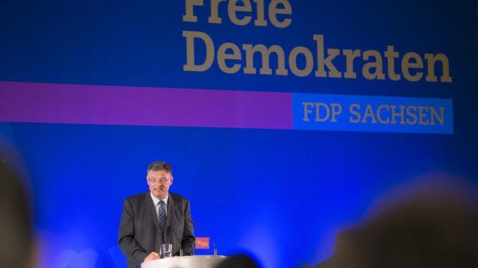 Der Vorsitzende der sächsischen FDP, Holger Zastrow. Foto: Alexander Prautzsch/Archiv