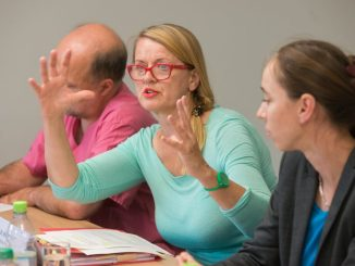 """Die Suchtbeauftragte Kristin Ferse stellte gestern den neuen """"Suchtbericht 2017"""" vor. Foto: dpa/Jöprg Carstensen"""