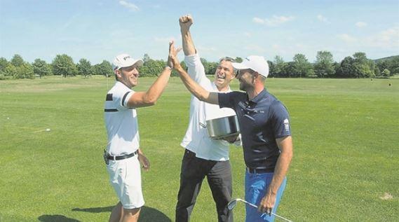 Marcus Lindner, Gerd Kastenmeier und Bernd Ritthammer (v.l.) erklären in Ullersdorf den Sport für TV-Zuschauer. Foto: PR
