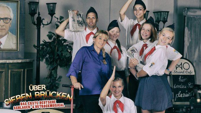 Über 7 Brücken - Das Musical. Auch die DDR Pioniere werden dabei nicht fehlen. (Foto: PR)