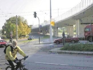 Die Nossener Brücke soll saniert und eine Stadtbahn von Löbtau nach Strehlen gebaut werden. Doch die Planungen der LH Dresden kommen wegen Personalmangels nur langsam voran. (Foto: Marion Gröning)