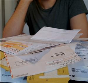 Der Caritas Verband Dresden e. V. brerät bei Schulden. Anonym und vertraulich. Foto: Caritas Dresden
