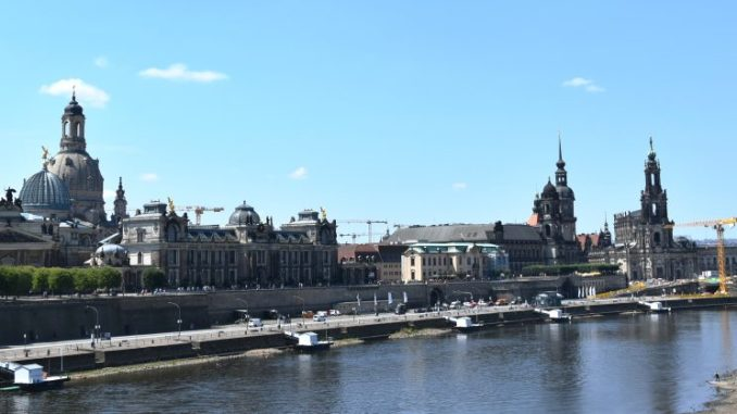 Dresdens Silhouette mit Frauenkirche, Albertinum, Brühlscher Terrasse bis hin zur Hofkirche (Foto: Juliane Zönnchen)