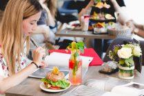 Lernen, arbeiten und sogar kreativ denken kann man wunderbar im Café Milchmädchen in Dresden Gruna (Foto: Christian Chalupka)