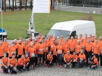 Das Piepenbrock-Laufteam 2017 hatte viel Spaß beim 19.Dresdner City-Marathon. Foto: Piepenbrock