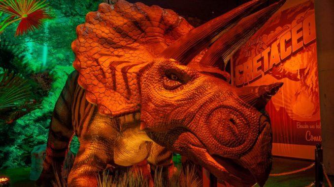 Lebensechte Urzeitriesen in der Dinoworld (Foto: Rainer Christian Kurzeder)