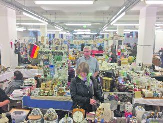Nippes oder Kunst? – Der Trödelmarkt bietet für jeden Geschmack etwas. Foto PR