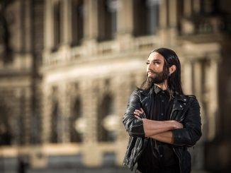 Conchita Wurst auf dem Theaterplatz in Dresden. Foto: Sven Ellger Foto: / /