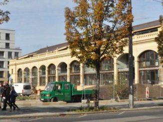 Portal, Gitter, Orangeriegebäude und Parkkonturen sindb schon zu erkennen. Foto: Una Giesecke