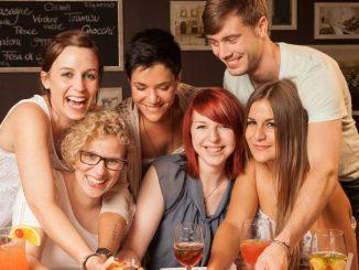 Mit Familie oder Freunden ein leckeres Menü zum Vorteilspreis genießen