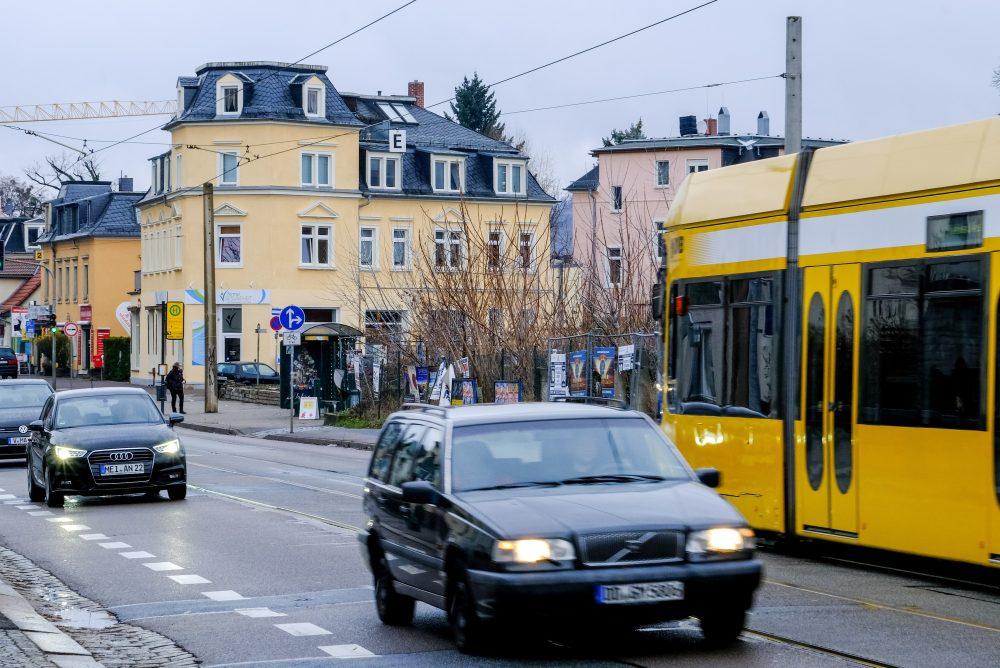 Linie 4 fährt ab Montag verkürzt bis Radebeul Ost: Meißner Straße wird ausgebaut
