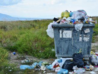 Im Jahr 2018 wurden 414 Tonnen Restabfall, Sperrmüll und Grünabfall von öffentlichen Flächen entfernt. Foto: Pixabay