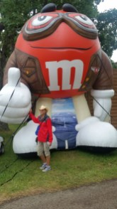 Sunny and the M&M Aviator
