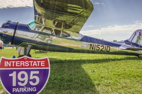 Cessna 195 Parking