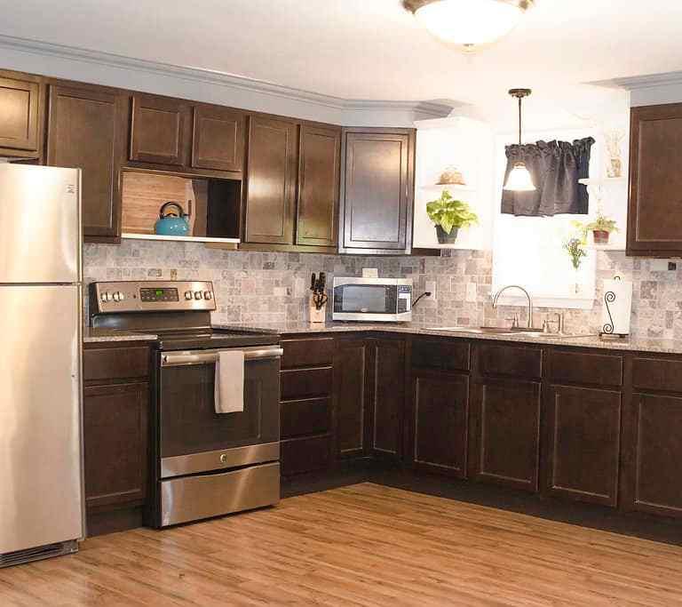 Dawson Retreats near Missouri star quilt co hotel cottage kitchen