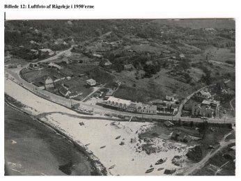 Luftfoto for turist-tiltrækning, ikke nogen fiskerbåde tilbage, ca. 1950