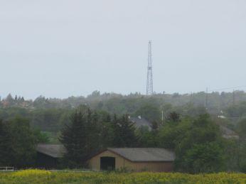 23. Maj, landemærke: notér maskinhuset og kystradaren - så kan man bedre se markens størrelse og terræn