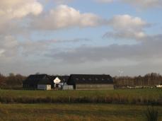 Her ses en nyrenoveret gård - tidligere den ældste på egnen