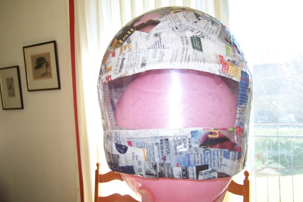 How to Make an Astronaut Helmet | Day to Day Discoveries
