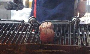 静岡県さわやか 備長炭で丁寧に厨房で焼くハンバーグ