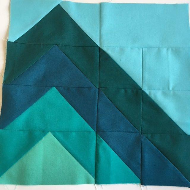 Mountain Peaks quilt block.