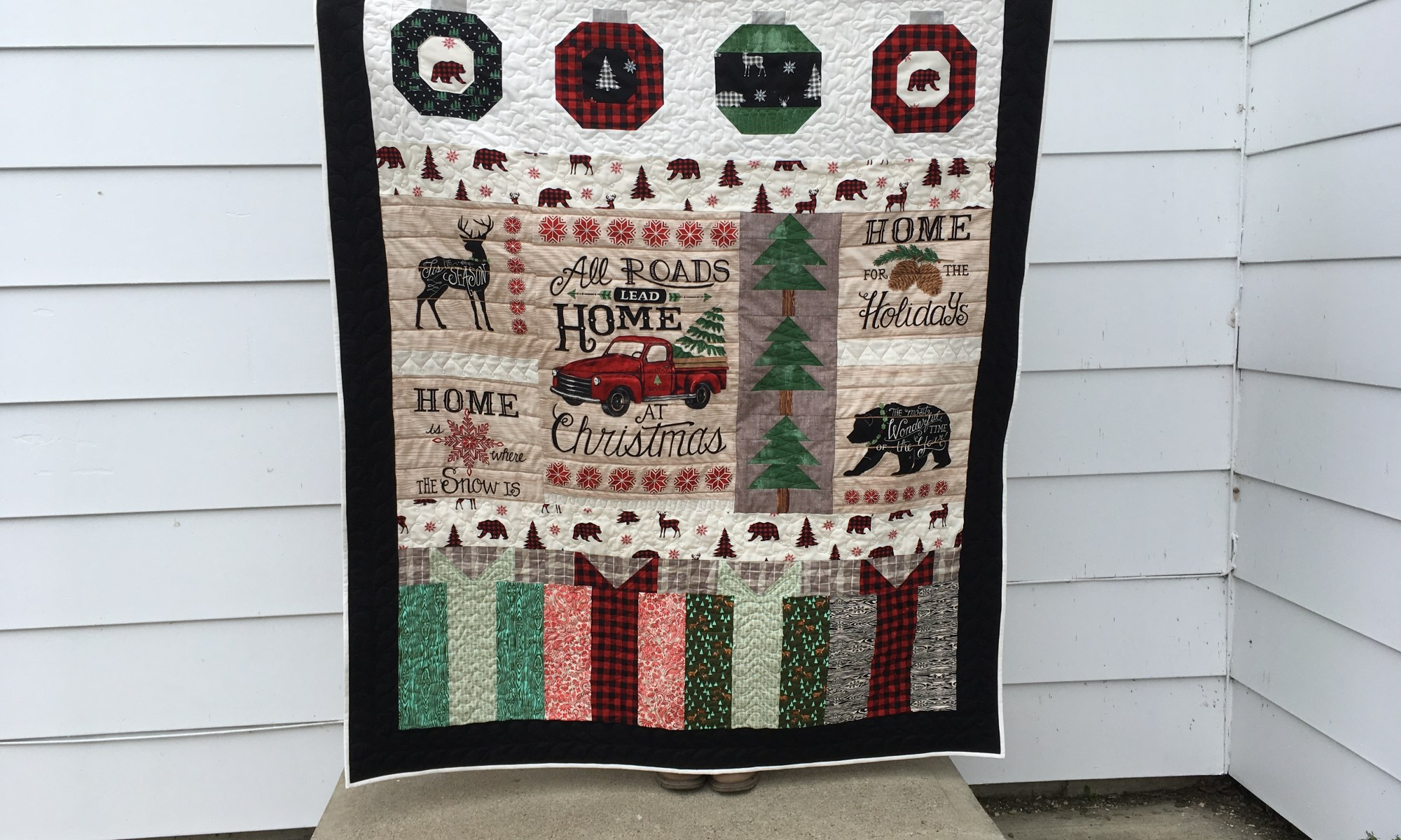 Holiday Lodge Throw Quilt