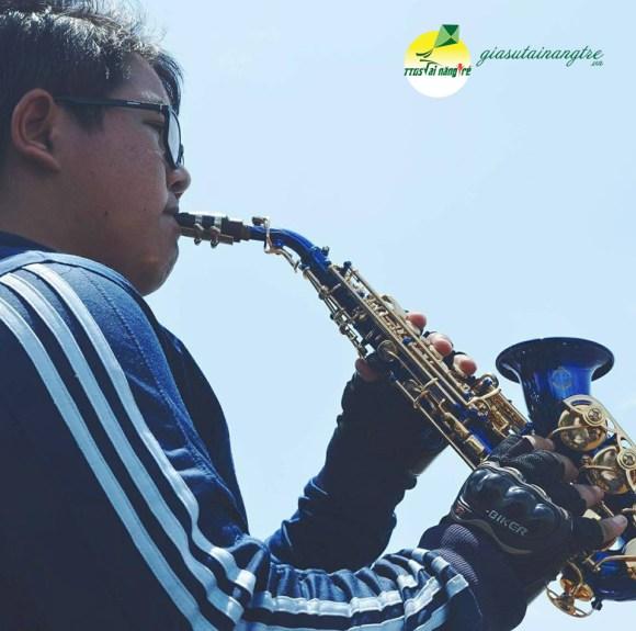 giao vien saxophone