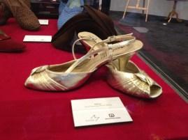 Matties - Gold evening 'Anna' shoes