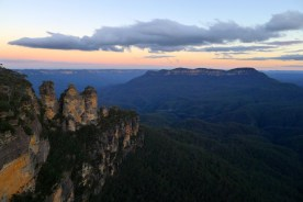 The Three Sisters of an evening from Echo Point Lookout