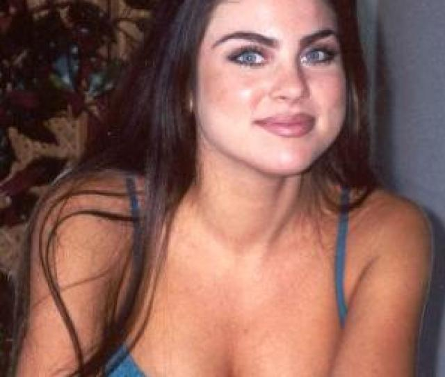 Nadia Bjorlin Plays The New And Sexy Yet Mysterious Chloe Lane Chloe Lane Spent Most Of Her Childhood At An Orphanage Outside Of Salem Run By A Woman